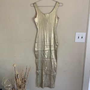 Forever 21 Dresses - Forever 21 gold metallic dress NWT  size Large